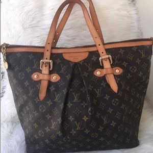 Authentic Louis Vuitton PM Shoulder handbag